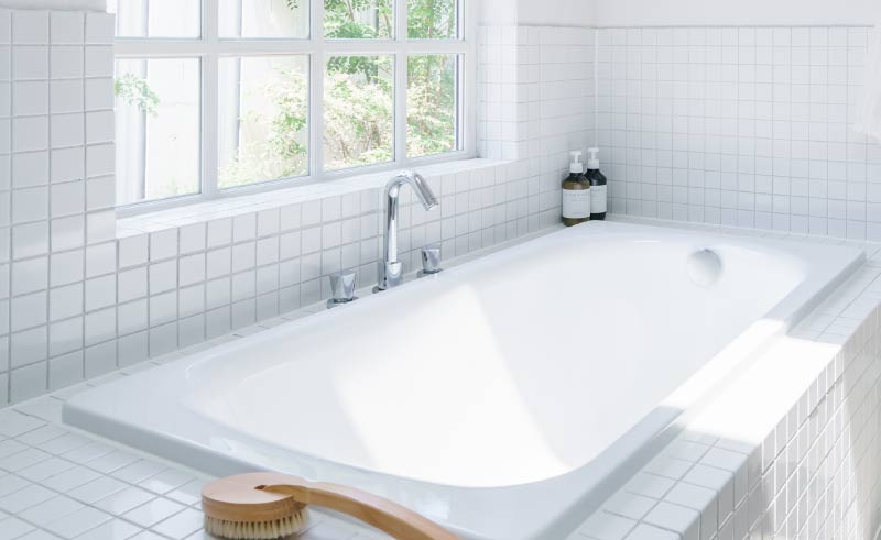 Bathtub from the Vena Collection